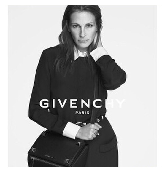 julia-roberts-givenchy-newest-face-03