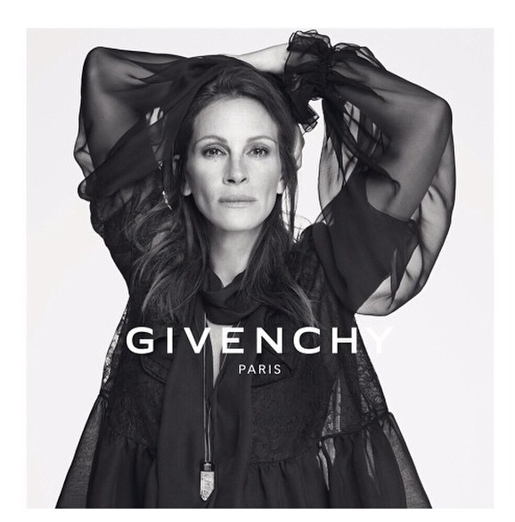 julia-roberts-givenchy-newest-face-04